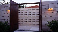 balinese context modern gate