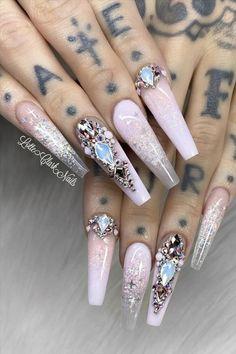 Natural acrylic rhinestone coffin nails design you cannot miss - Abby FASHION STYLE Bling Acrylic Nails, Best Acrylic Nails, Rhinestone Nails, Bling Nails, Pretty Toe Nails, Pretty Nail Art, Gorgeous Nails, Cute Nails, Sassy Nails