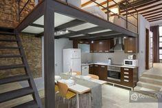Quedaria la cocina debajo del entrepiso   Loft con gran terraza de 40m2 cerca de Sagrada Familia