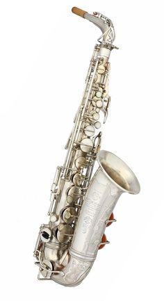 Selmer Radio Improved Alto Saxophone - 1934 - Sax.co.uk