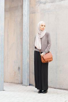 INAYAH | Classic Essentials - Black #Maxi #Skirt…and grey jumper