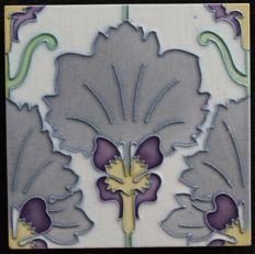 Gilliot & Cie Hemiksem - Art Nouveau tile with flower