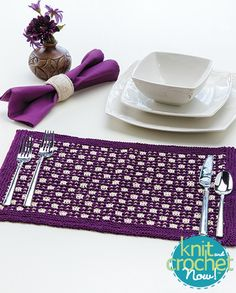 Free Checkerboard Place Mat Knit Pattern Download -- Designed by KCN Design Team. Featured in Season 5, episode 507, of Knit and Crochet Now! TV. Download here: http://www.knitandcrochetnow.com/checkerboard-place-mat-knit-and-crochet-now-season-5-episode-507/
