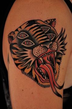 Risultati immagini per tattoo tigre hand traditional