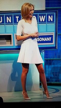 Rachel Riley in white dress and wearing red pantyhose Great Legs, Nice Legs, Rachel Riley Legs, Racheal Riley, Tv Girls, Hot High Heels, Tv Presenters, Pantyhose Legs, Girls Wear