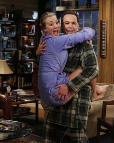 Here's a #BehindTheScenes photo to brighten up your Monday! #BigBangTheory