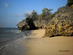 Plage Padang-Padang à Bali. #voyage #Indonesie