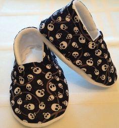 Punk Skull Baby Booties 6-12 Mo Fleece Lined Rockabilly/Halloween on Etsy, $9.00