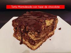 ✨🍰¿Eres amante de los Ponques? Pues  por que escoger vainilla o chocolate cuando puedes tener los dos? la Torta Marmoleada es ideal para TI...🍰  👏🤩  #yumyumbogota #yumyum #bogota #torta #cakes #tortascaseras #desserts #homemade #tortas #tortasmarmoleadas #chocolate #chocolatelover Chocolate, Desserts, Food, Mistress, Vanilla, Products, Food Cakes, Tailgate Desserts, Deserts