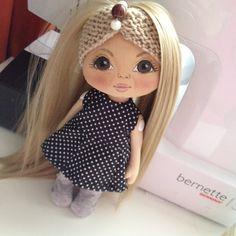 Смотрит девочка;) КУКОЛКА ПО ФОТО #кукла #куколка #куколки #олли #doll #dolls…