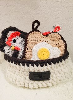 Handmade Crocheted 4 pc. Farmhouse Chicken and The Egg Potholders Trivets Wash Cloth Scrubbie Kitchen Basket Gift Set FREE SIPPING U.S. Kitchen Baskets, Basket Gift, Potholders, Vintage Paper, Vintage Travel, Washing Clothes, Really Cool Stuff, Stampin Up, Egg