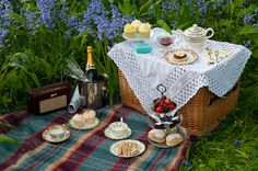 A perfect teaparty picnic-Bluebell Dorset vintage picnic by pixel_boy, via Flickr