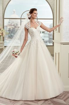 Nicole Spose 2017 Colet Wedding Dress