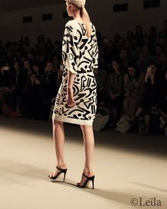 Catwalk, Dresses With Sleeves, Long Sleeve, Style, Fashion, Moda, Full Sleeves, La Mode, Gowns With Sleeves