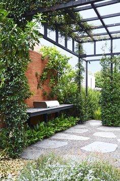 See how a vacant block in inner-city Melbourne was transformed into a wild and wonderful private garden oasis. See how a vacant block in inner-city Melbourne was transformed into a wild and wonderful private garden oasis. Backyard Shade, Backyard Garden Design, Pergola Shade, Shade Garden, Garden Landscaping, Oasis Backyard, Deck Shade, Bali Garden, Outdoor Pergola