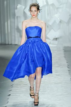 If I was a celebrity I would wear Jason Wu ( or if I lived in the US I would go to Target for the Jason Wu for target collection. *sob*)