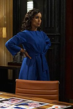 Get all the behind-the-scenes fashion details from Season Episode 20 of Scandal. Business Outfits, Business Fashion, Business Casual, Business Style, Fall Fashion Outfits, Autumn Fashion, Olivia Pope Style, Scandal Fashion, Olivia And Fitz
