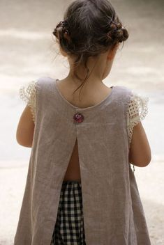 As a pinafore - sweet lace sleeves Sewing Kids Clothes, Sewing For Kids, Baby Sewing, Little Fashion, Kids Fashion, Little Girl Dresses, Girls Dresses, Smock Dress, Apron Dress