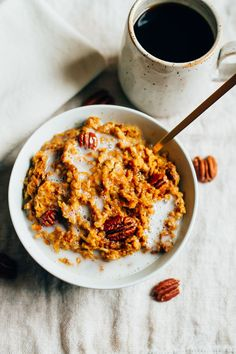 Have pumpkin pie for breakfast with this healthy Slow Cooker Pumpkin Pie Oatmeal recipe featuring steel-cut oats with pumpkin puree and spices.