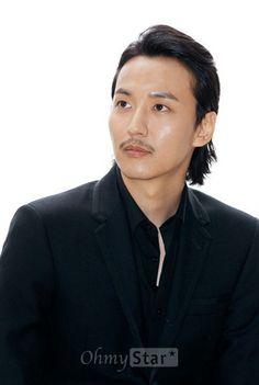 Kang Chul, Running Man, Pop Singers, Perfect Man, Korean Actors, Handsome, Celebs, Kpop, Guys