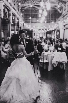 love this picture of their first dance