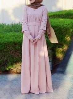 New Fashion Hijab Remaja Simple Ideas Hijab Style, Hijab Chic, Abaya Fashion, Modest Fashion, Modest Dresses, Modest Outfits, Muslim Long Dress, Moslem Fashion, Modele Hijab