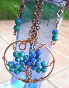 Items similar to Blue Lazuli Malachite Copper Tree of Life Jewelry Set on Etsy Christmas Tree Pictures, Ribbon On Christmas Tree, Wire Crafts, Jewelry Crafts, Jewelry Ideas, Rustic Christmas Tree Stands, Coconut Tree Drawing, Tree Leaf Wallpaper, Tree Branch Decor