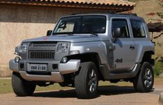 It is not that simple to give a proper name to this car since it is not made by Ford and instead comes from a recently acquired car maker Troller from Brazil that was added to Ford Motor Company in Brazil. Maybe the most appropriate name would be the 2015 Ford Troller T4 but still we again say that Ford might be dropped in the name.