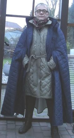 Quilted coat whith Sari 40  cape