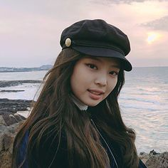Kim Jennie, South Korean Girls, Korean Girl Groups, Memes Blackpink, Blackpink Members, Best Photo Poses, Black Pink, Baker Boy, Pretty Asian