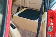 Porsche 911 Subwoofer in the rear seat. Car Audio Systems, Rear Seat, Porsche 911