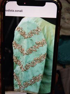Blouse Designs Wedding, Simple Blouse Designs, Stylish Blouse Design, Pattu Saree Blouse Designs, Blouse Designs Silk, Designer Blouse Patterns, Hand Work Blouse Design, Maggam Work Designs, Sleeve Designs