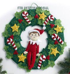 Bucilla The Elf On The Shelf ~ Felt Christmas Wreath Kit #86510 Santa's Scout