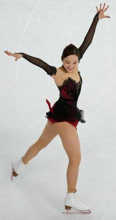Ice Skating, Figure Skating, Swimming Sport, Human Poses, Gymnastics Leotards, Sport Fashion, Sports Women, Marines, Beauty Women
