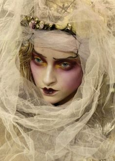marcelina sowa at john galliano autumn/winter 2007-2008. Beautiful editorial