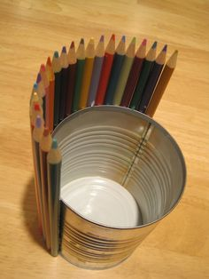 colored pencil centerpiece would also make a great teacher gift!