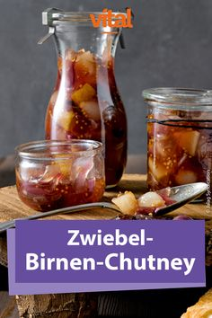 Zwiebel-Birnen-Chutney Essential oils and many vitamins result in an aromatic autumn mix: onions and leeks. Whether mild or spicy, their aroma gives the recipes something special. And they also strengthen the immune system – tears of joy flow there. Hamburger Meat Recipes, Sausage Recipes, Chutneys, Summer Recipes, Holiday Recipes, Salsa Picante, Evening Meals, Summer Drinks, Grilling Recipes