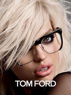 Inez van Lamsweerde and Vinoodh Matadin shoot Daphne Groeneveld for the Tom Ford Spring Summer 2015 Campaign. Styling by Carine Roitfeld. Hair by Sam McKni Lunette Tom Ford, Lunette Style, Daphne Groeneveld, Tom Ford Eyewear, Fashion Eye Glasses, Outfit Trends, Wearing Glasses, Girls With Glasses, Womens Glasses