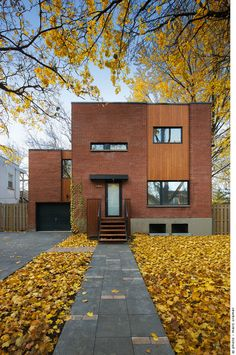 Maison de Chateaubriand par Anik Péloquin Architecte, Montréal, Québec. Photo : Marc Cramer. Source : v2com.