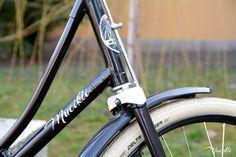 A Csepel Mátra project – a Vas lady elkészült Budapest, Bicycle, Lady, Projects, Blog, Log Projects, Bike, Blue Prints, Bicycle Kick