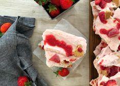 Frozen Yogurt, Cheesecake, Strawberry, Fruit, Desserts, Food, Deserts, Cheese Cakes, The Fruit