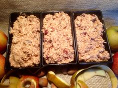 A Christmas apple bread with nuts, juicy and low in fat - Eat Recipes Clean Eating Snacks, Healthy Snacks, Apple Bread, Apple Cake, Apple Smoothies, Cheesecake Recipes, No Bake Cake, Sweet Recipes, Food Porn