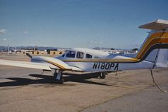 Piper PA-44-181 Seminole N180PA Oakland airport February 1991
