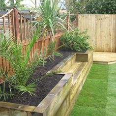 Garden Path Designs Ideas 50 Creative Raised Garden Bed Projects To Try For Your Home DIY Raised Garden Beds Design No. Raised Bed Garden Design, Small Garden Design, Railway Sleepers Garden, Small Front Gardens, Small Backyard Landscaping, Backyard Ideas, Backyard Pools, Landscaping Ideas, Railway Ties Landscaping