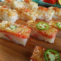 #salmon and #hotate #aburi #sushi. It had a nice sweet taste to it. #seafood #yummy ##dinner #yvreats #gastropostvan #love2eat #love4food #vaneats #foodie by psi250