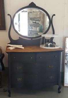 Refurbished Dressers, Dresser Refinish, Vintage Dressers, Refinished Furniture, Repurposed Furniture, Antique Furniture, Diy Furniture Decor, Furniture Makeover, Black Painted Dressers