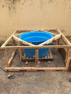 Piscina caseira com caixa de água e paletes - Casa -
