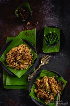 A symphony of indigenous rice and Mutton. A melange of fragrant spices. A generous glug of mustard oil. And a throw of fiery green chillies. This is not biryani. This is tehari. Fun Easy Recipes, Veg Recipes, Indian Food Recipes, Asian Recipes, Healthy Recipes, Ethnic Recipes, Healthy Foods, Recipies, Cooking Recipes