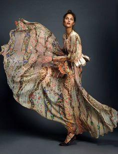 "dariabessonova: ""  Elle España April 2016 LOS MUST HAVE… Photographer: Rocío Ramos Stylist: Inmaculada Jiménez Hair & Make-up Alba Nava Model: Anja V. "" pring dress"