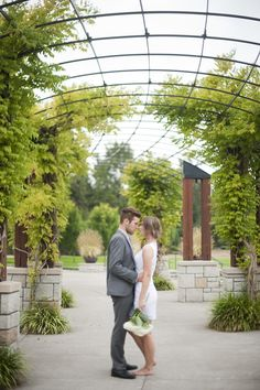 Chic & Simple Wedding Inspiration Shoot By Ellie Asher Photo